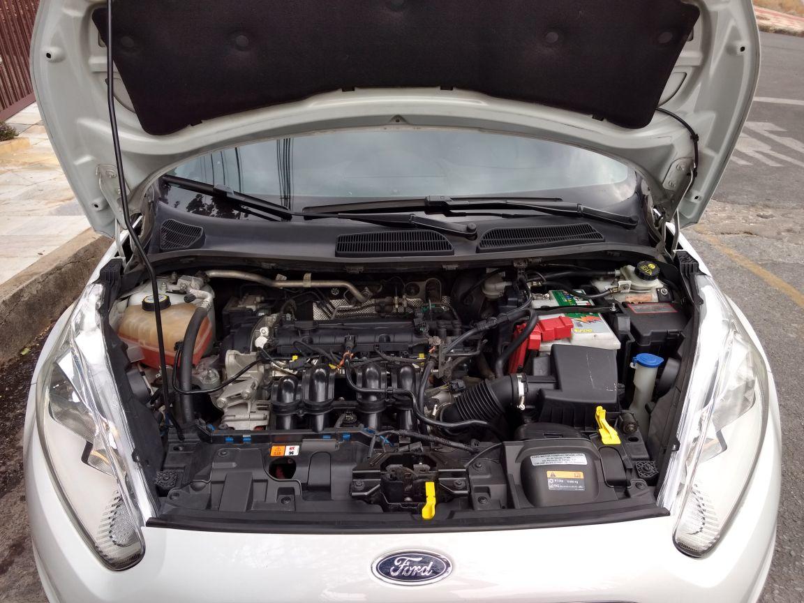 New Fiesta Titanium 1,6 16 V