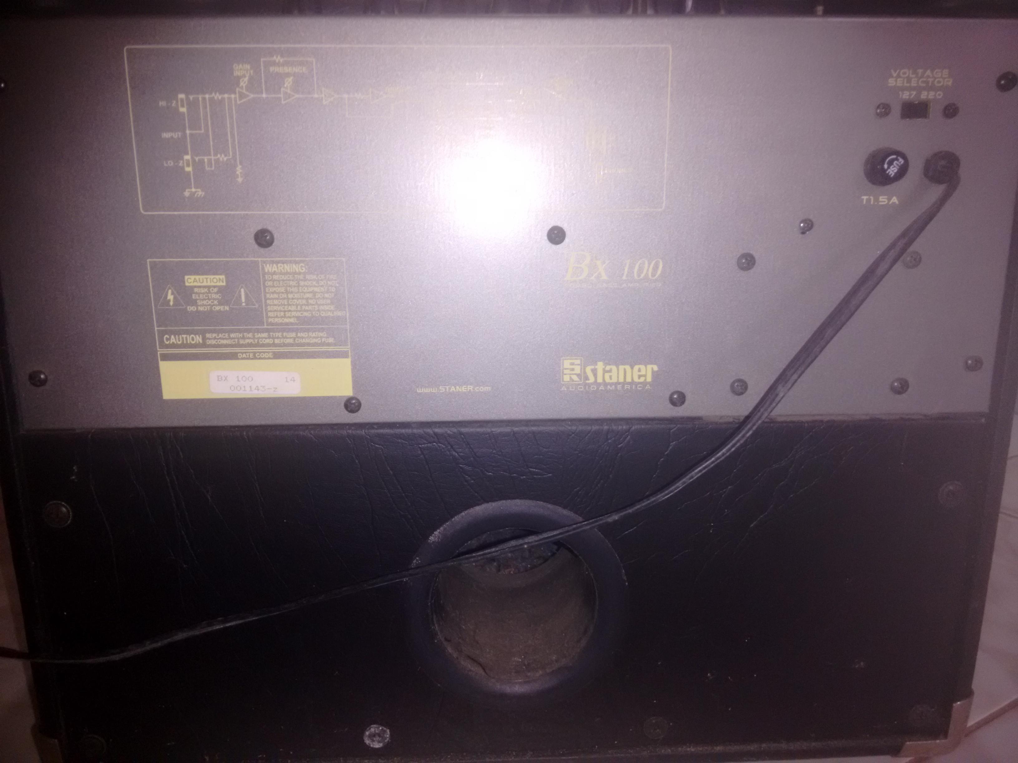 Amplificador para baixo Staner BX100